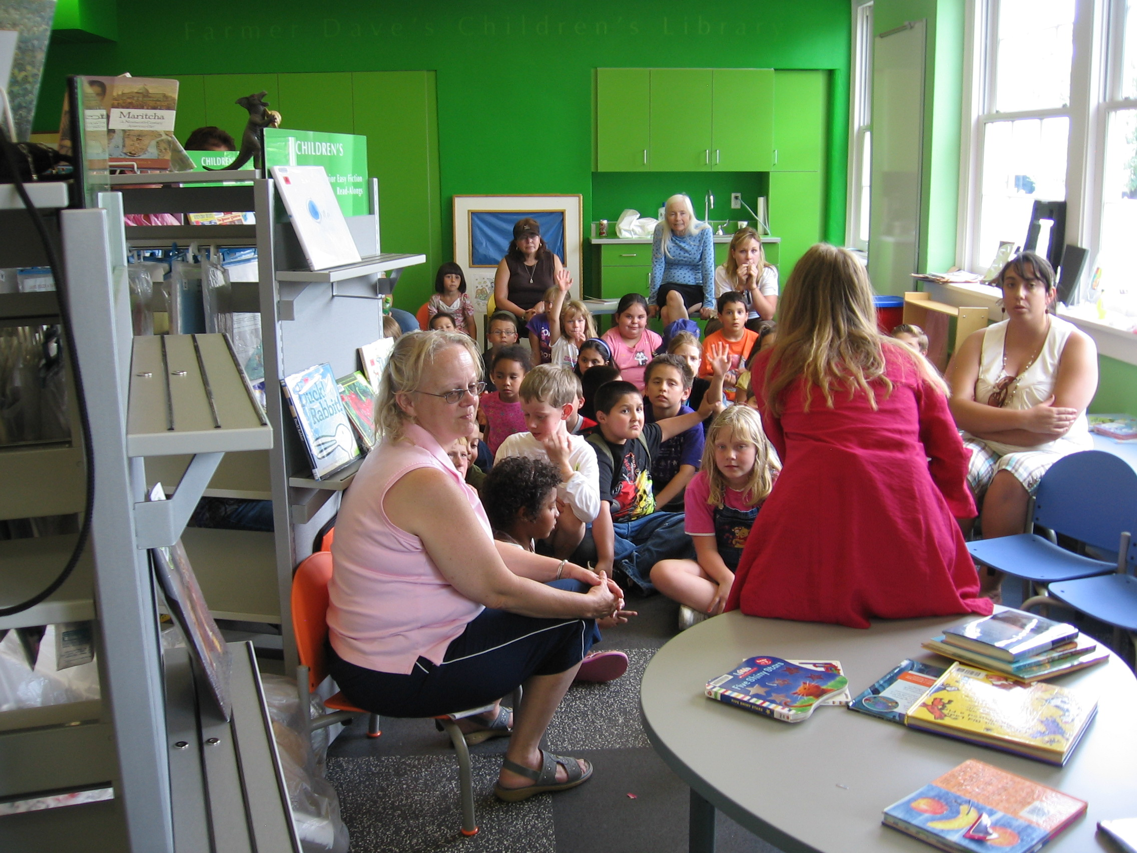 Susan Tweit, author, reading to the children